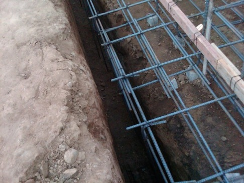 concrete retaining wall footing contractor jpg