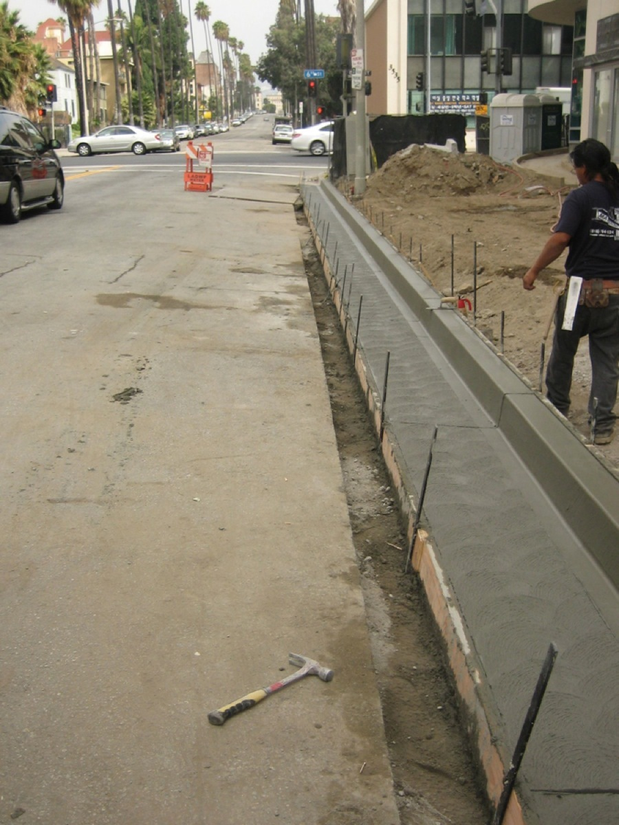 Commercial Concrete Curb Gutter Contractor Prieto